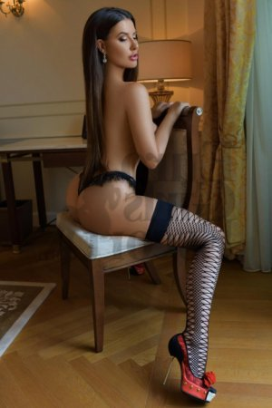 Catriona live escort in Kinston North Carolina