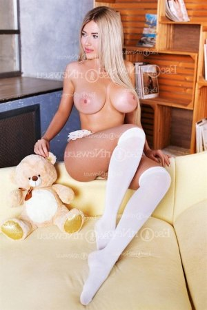 Landeline escort girl in Linden