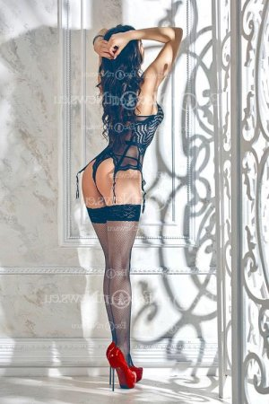 Cyndelle escort in South Holland
