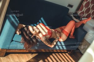 Eleanore escort in West Lafayette